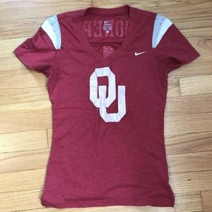 University of Oklahoma Sooner fitted red t-shirt